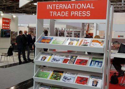 Divulgação impressa no Lounge De Feiras  Internacionais na CERAMITEC Créditos das Fotos: Jamil Duailibi Fh. - Presidente da Anfamec
